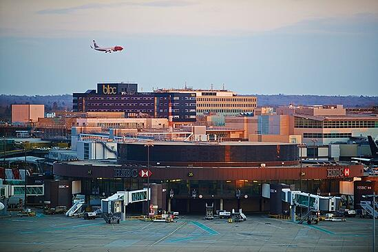 BLOC Hotels airport location