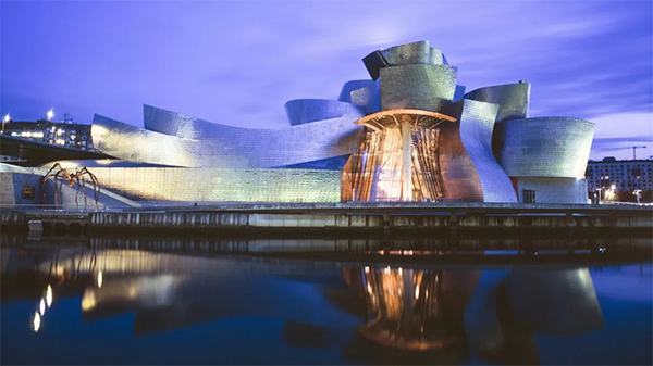 Guggenheim Bilbao building is one example on how technology can bring architecture to everyone, no matter the location.
