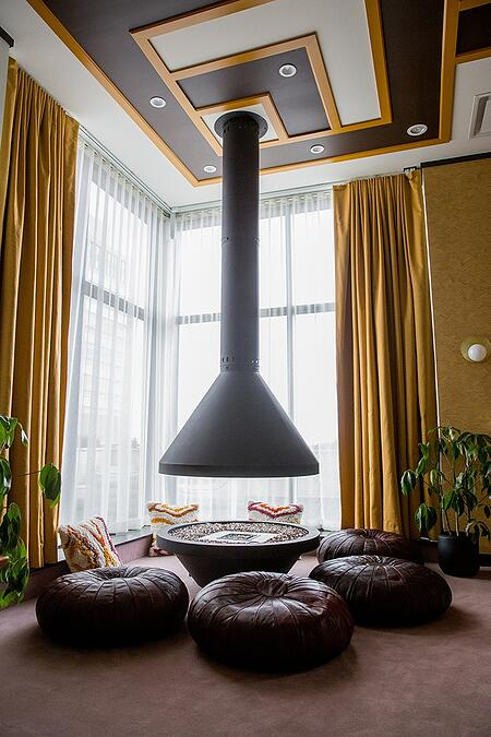 Fairlane Hotel Penthouse East Fireplace