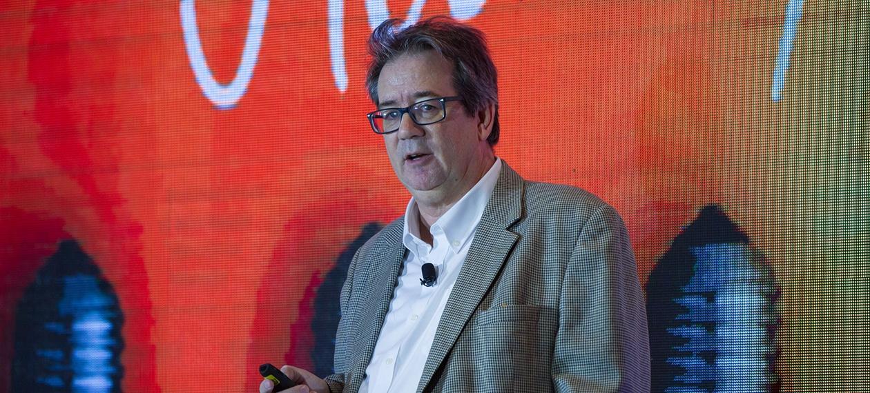 HotelSpaces Futurist Ron Galloway talking about blockchain